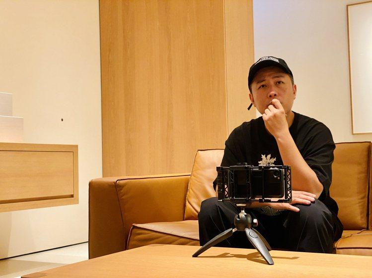 《怪胎》導演廖明毅分享用iPhone拍電影的幕後秘辛。記者黃筱晴/攝影