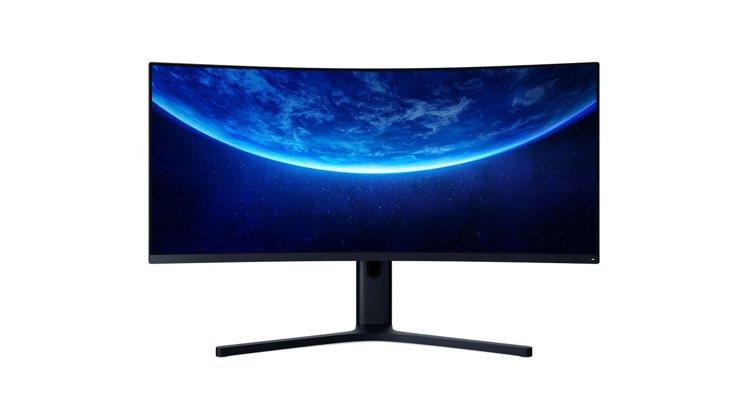 小米10周年限量版新品「小米34型曲面螢幕」售價12,995元,8月17日起小米...