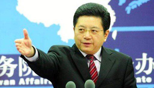 大陸國台辦發言人馬曉光昨天表示,「奉勸民進黨當局立即停止對香港事務的政治操弄,不要在亂港謀『獨』的絕路上愈走愈遠」。 (中新網)