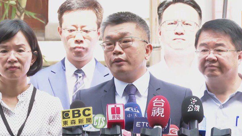 立法院副院長蔡其昌(中)表示,他相信林佳龍禁得起考驗。圖/聯合報系資料照片
