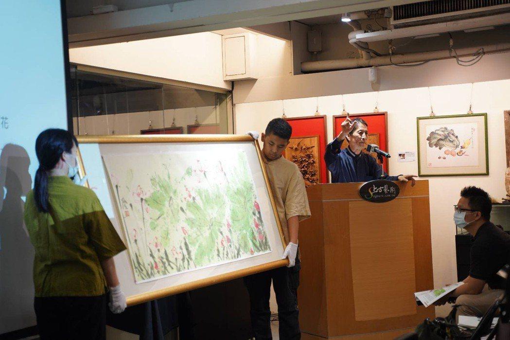 上古首席拍賣官李立民館長在「頑石點頭  古翫拍賣會」為台灣藝術交易市場發出第一聲...