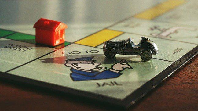 如果買車真的貸款零利率,那麼以現金支付車款時,車商就不會再提供現金折扣。 pex...