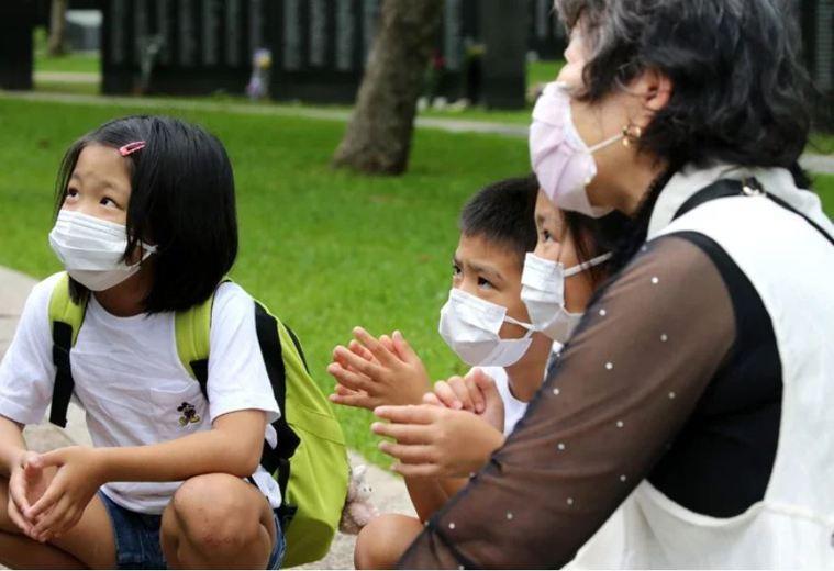日本沖繩縣政府面對轄內2019冠狀病毒疾病(COVID-19)疫情難趨緩,決定提...
