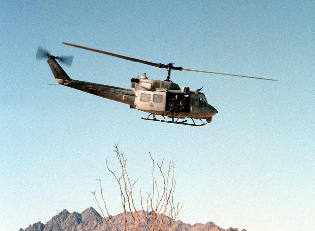 美國空軍一架UH-1N休伊直升機10日遭到射擊。圖為UH-1N休伊直升機示意圖。...