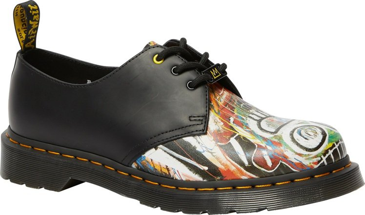 Dr. Martens x BASQUIAT 1461三孔鞋6,280元。圖/合...