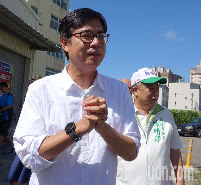 民進黨高雄市長補選候選人陳其邁(前)。記者楊濡嘉/攝影