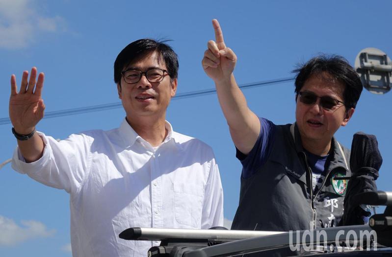 民進黨高雄市長補選候選人陳其邁(左)。右:立委邱志偉。記者楊濡嘉/攝影