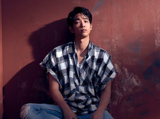 劉以豪將推出首張EP「U」,坦言聽自己的歌聲「巨害羞」。圖/何樂音樂提供