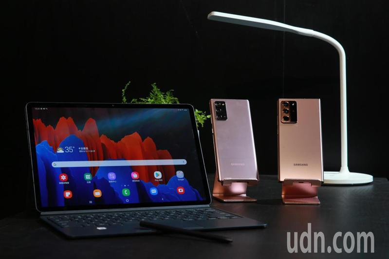 Samsung今天舉辦新機發表會,搭載升級S Pen手寫筆、支援5G的Galaxy Note 20/Note 20 Ultra旗艦手機正式上市。記者許正宏/攝影