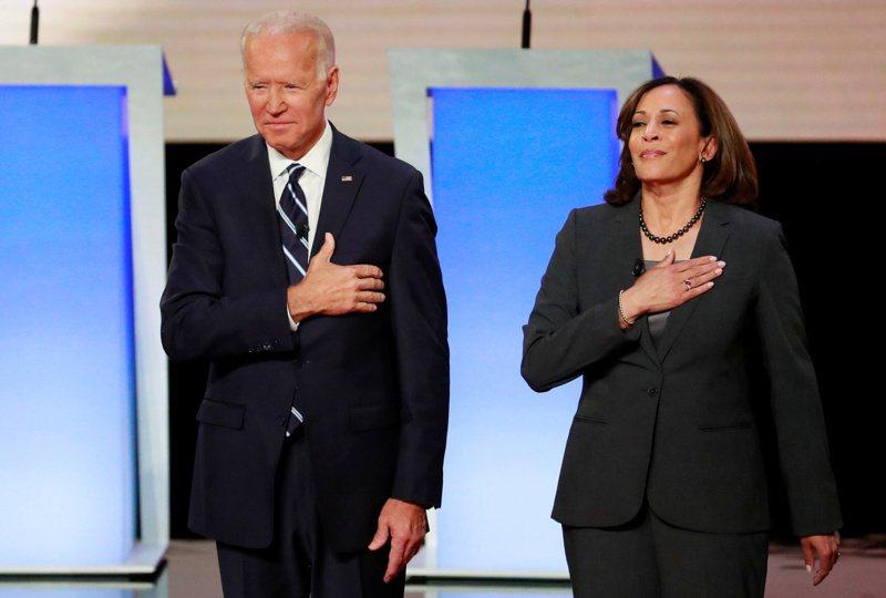 左為美國民主黨總統參選人拜登,右為他的副手、加州參議員賀錦麗(Kamala Harris)。(圖/路透)