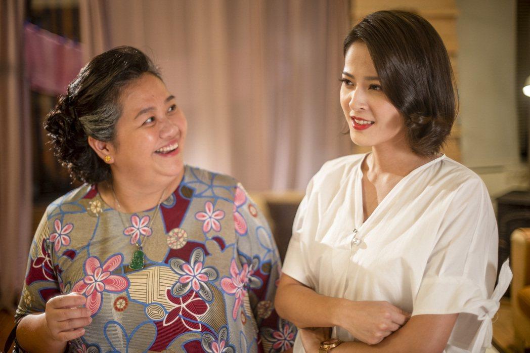 蘇晏霈(右)在「我的婆婆怎麼那麼可愛」中飾演鍾欣凌的壞女兒。圖/公視提供