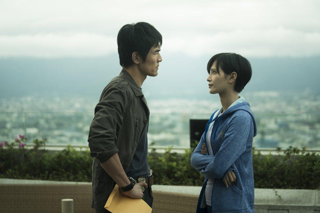 楊一展、吳子霏演出「獵夢特工」。圖/HBO Asia提供