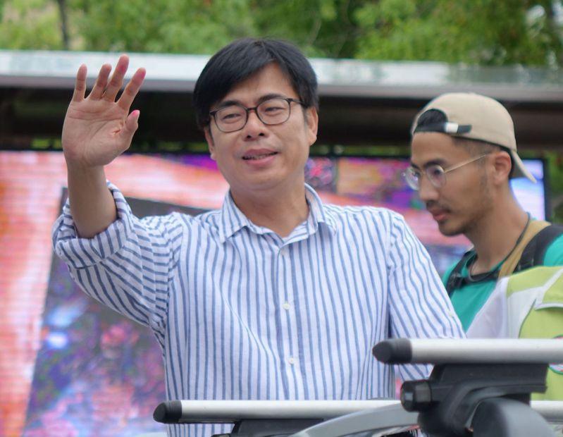 高雄市前市長韓國瑜明天要為高市長補選候選人李眉蓁打氣,民進黨候選人陳其邁認為藍營如沒收或打臉罷韓結果,可能會跟市民的想法有很大的落差。記者楊濡嘉/攝影