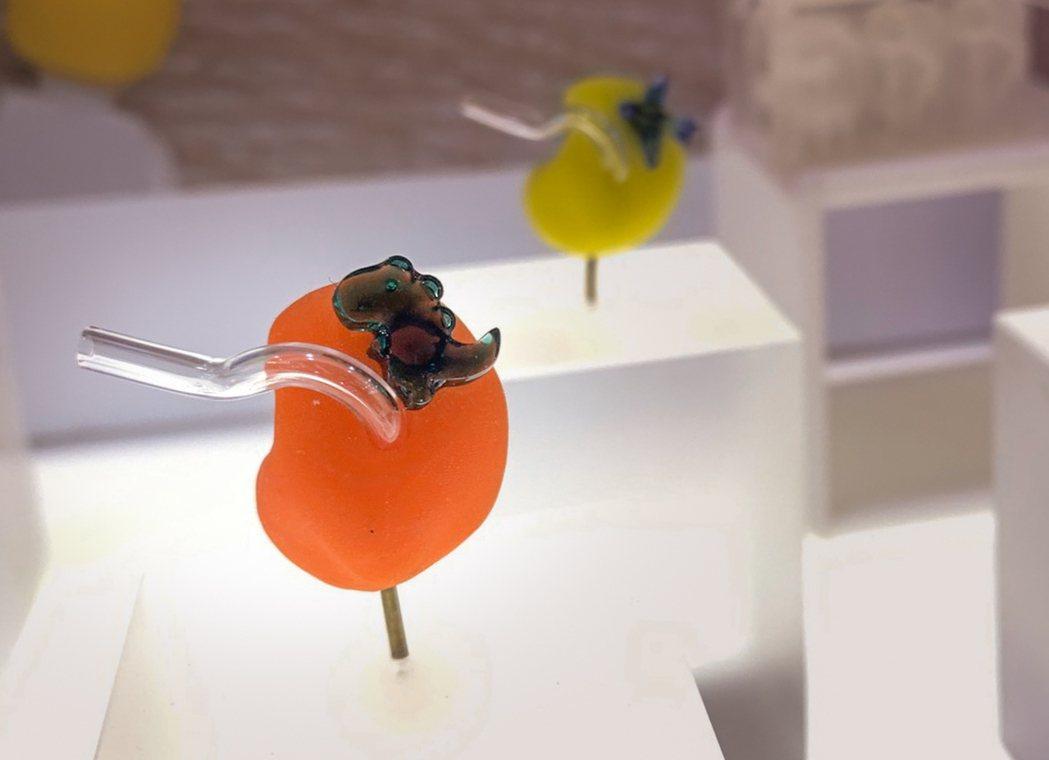 科林助聽器推出的3D列印耳模,外型設計與顏色,打破外界對於助聽器耳膜的刻板印象。...