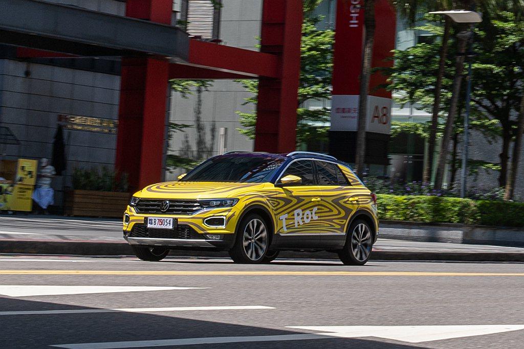台灣福斯汽車預計在第四季引進的全新休旅T-Roc。 圖/Volkswagen T...