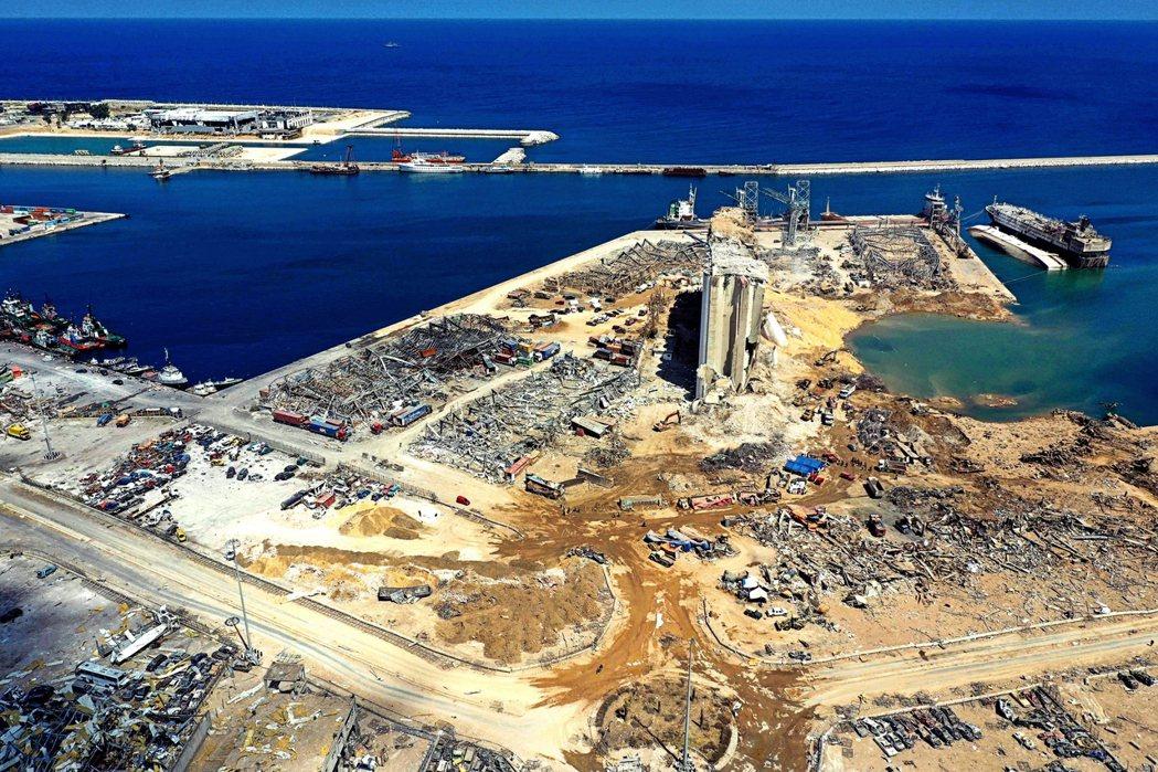 事件發生過後,官方隨即以「公安意外」說明事發原因——港口囤放6年以上、2,750...