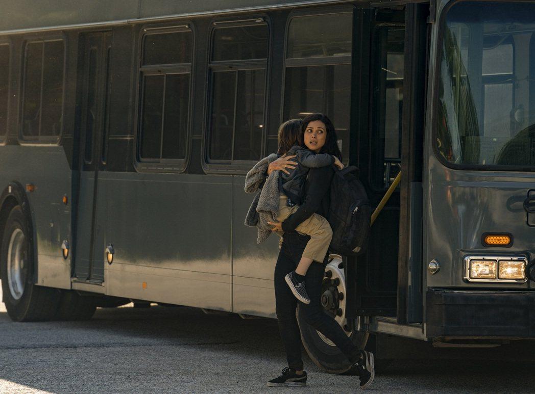 「天劫倒數」上映首日全台票房突破400萬。圖/CATCHPLAY提供