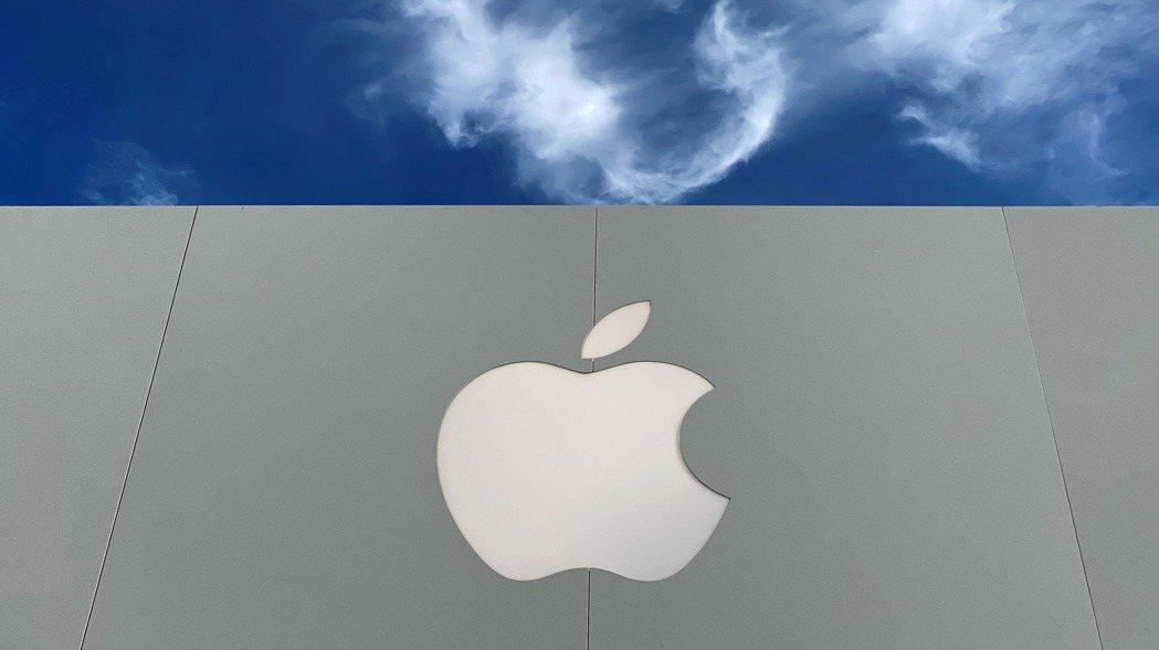 蘋果公司再度發債55億美元。路透