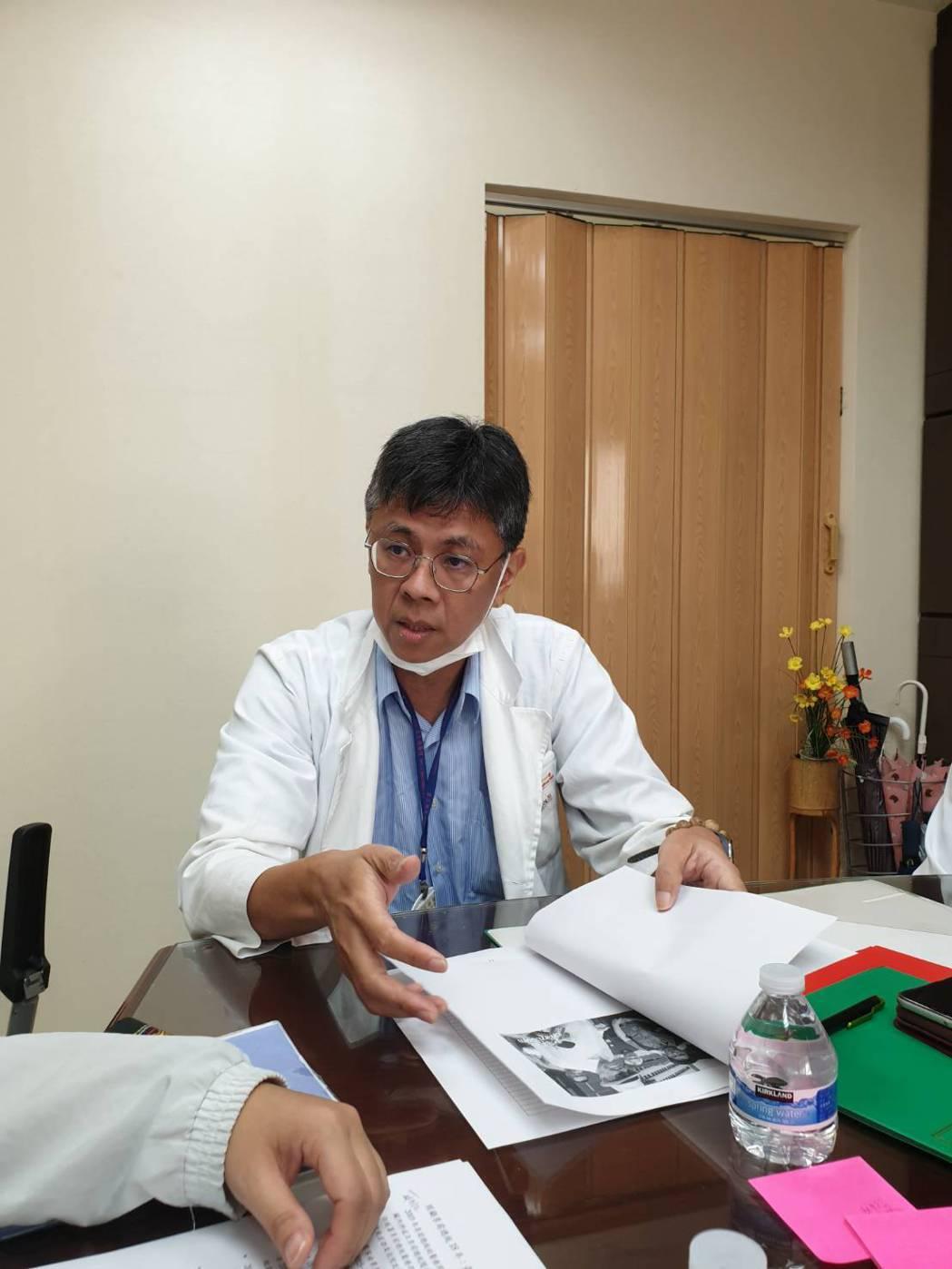 18年來,台北榮總換了四任院長,心臟內科也換了四個主任, 曾經跟他國內出訪的54...