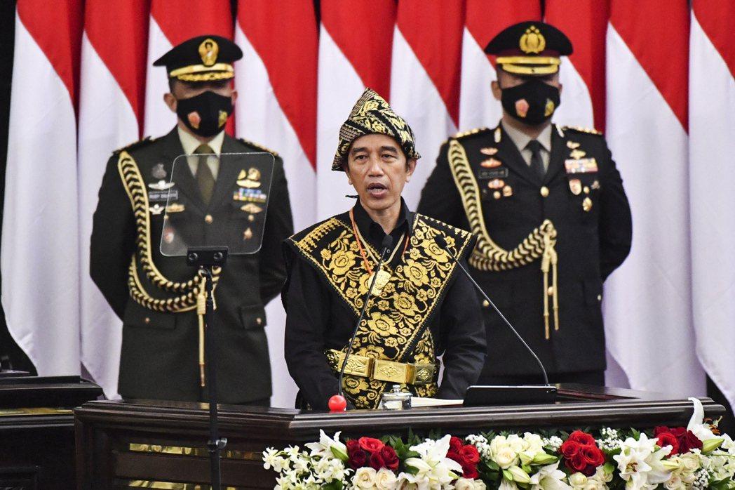 印尼總統佐科威指出,明年的預算支出預估將增加0.3%。(歐新社)