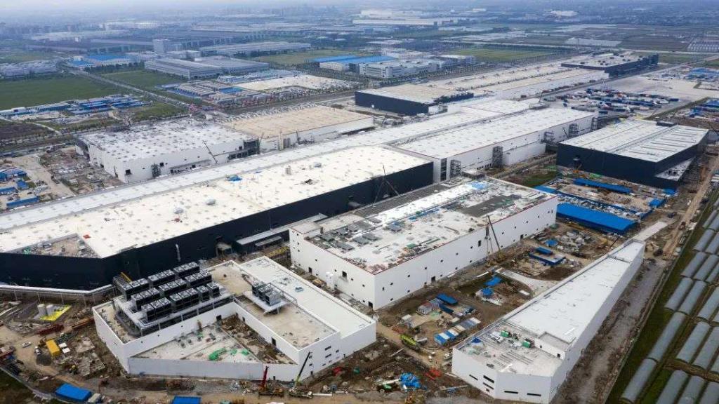 特斯拉上海超級工廠二期項目有望提前完工,預計10月投入量產。(網路照片)