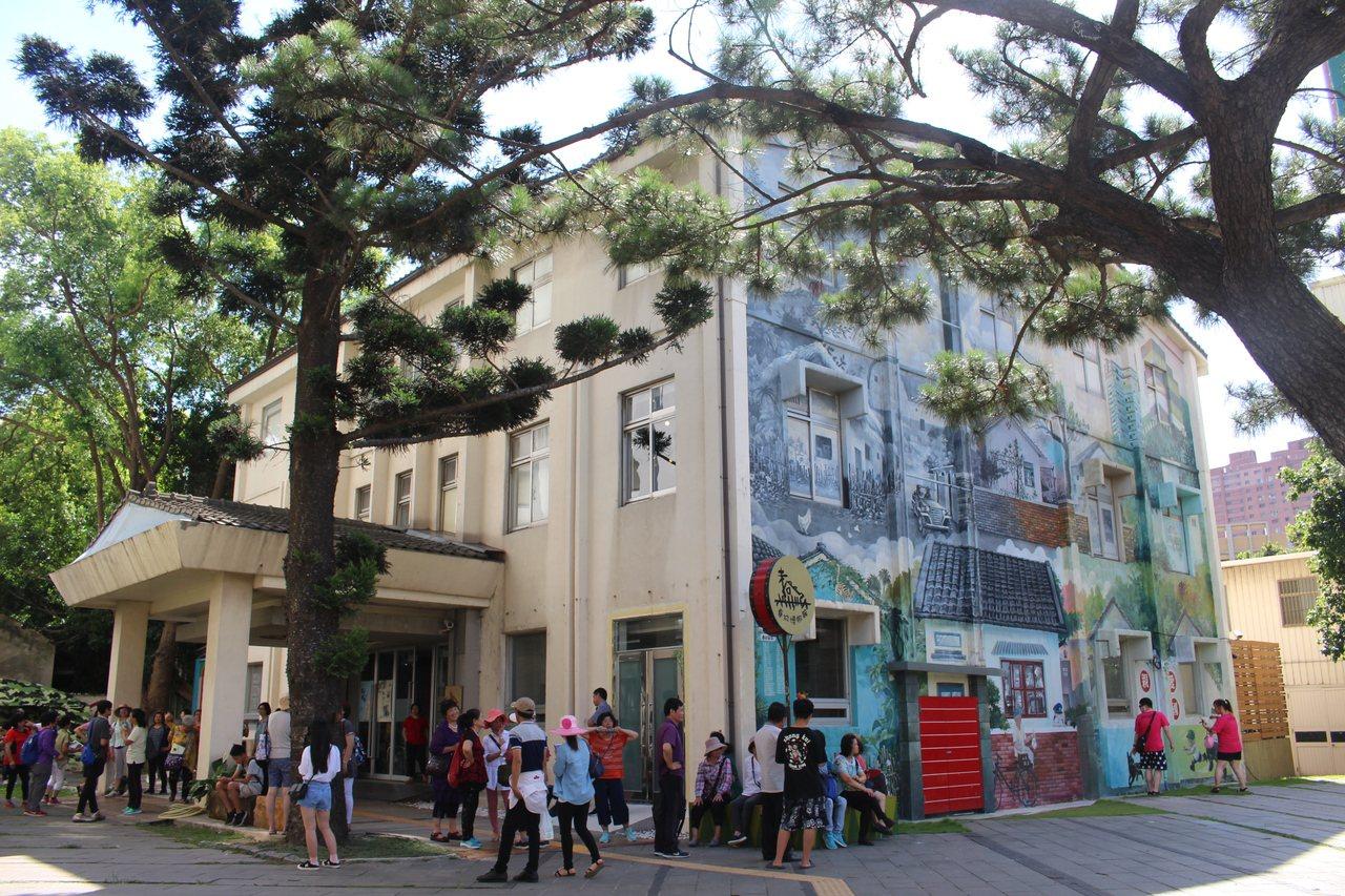 新竹眷村博物館提供懷舊元素,讓新竹長者和家人共享生命記憶。圖/聯合報系資料照片