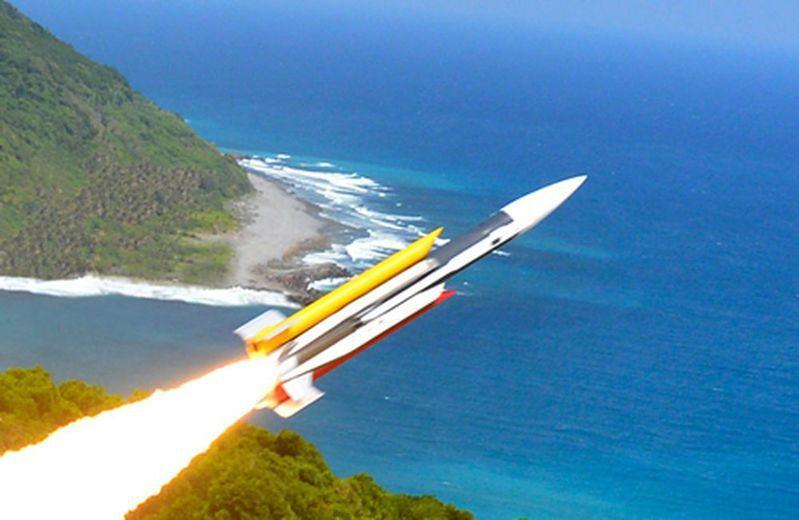 中科院與軍方近日在東部海域試射飛彈。圖/擷取自中科院網站