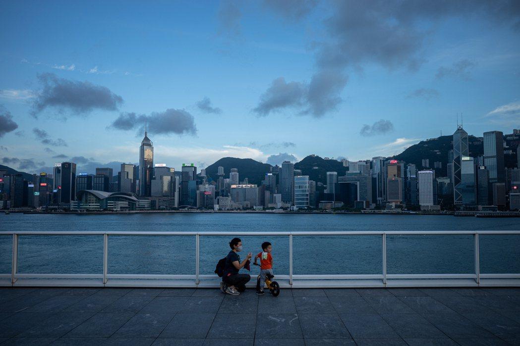 港府預估香港今年整體經濟將較去年衰退6%至8%。歐新社