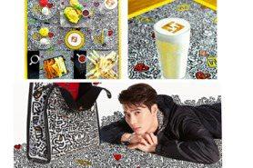 王嘉爾穿的FENDI x Mr. Doodle開咖啡店根本是網美打卡點!可惜不在台灣