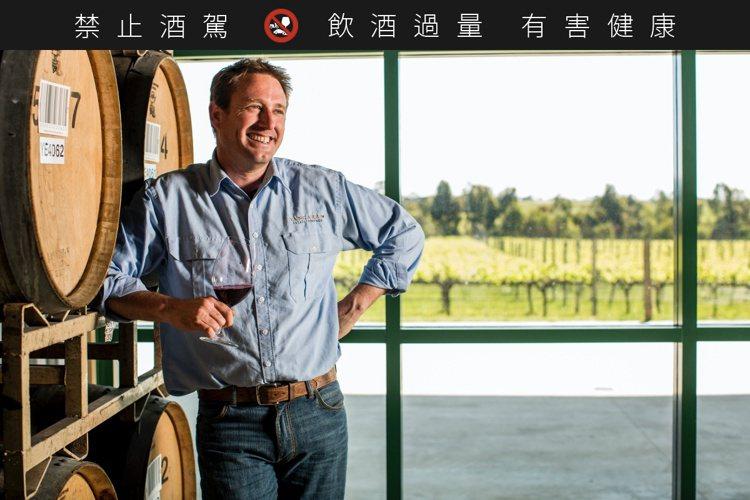 首席釀酒師Peter Fraser自2000年時,即接手揚格拉酒廠的葡萄酒釀製工...