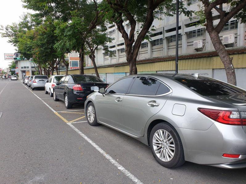 台北市明年將在大同、萬華區進行路邊車牌辨識停車格測試。聯合報系資料照