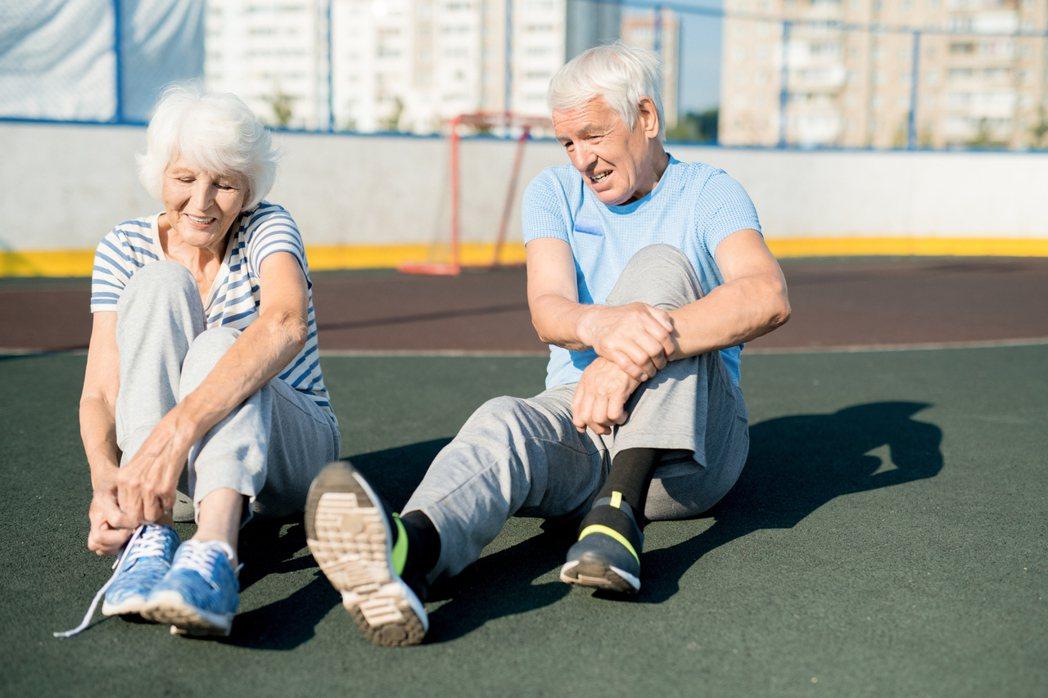 穿著不正確的鞋款或過度使用,時間一久會導致足部問題。圖╱123RF