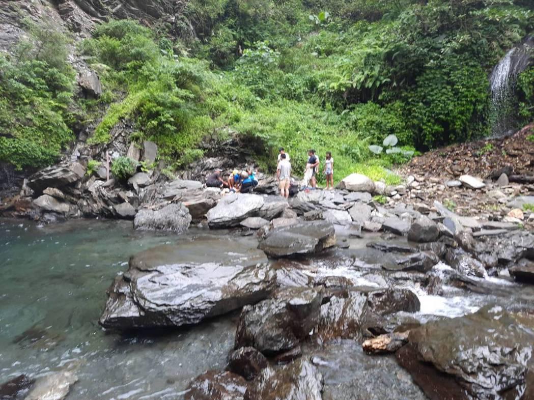 暑假期間,本就是較容易發生戲水危險的季節,多加注意,也能多獲得一份安心。記者劉星...