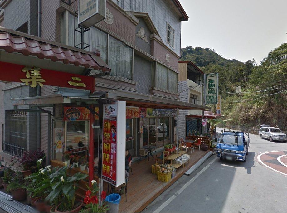 藤枝山區曾經擁有過風光過往,八八風災後有餐廳關門或遷移下山,唯獨位在二集團部落的...