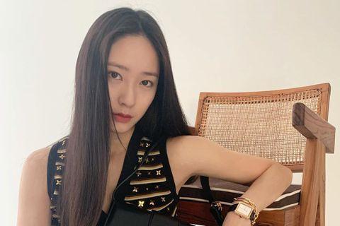 繼隊友宋茜、Amber、Luna都不再與SM娛樂續約後,韓國女團f(x) 唯一還在SM娛樂的Krystal(鄭秀晶)今(18)日也傳出將離開待了近11年的公司。據韓媒報導,將離開SM娛樂的Kryst...