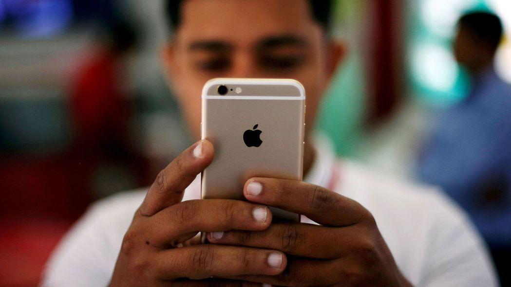 蘋果將在印度生產最新一代iPhone手機。路透