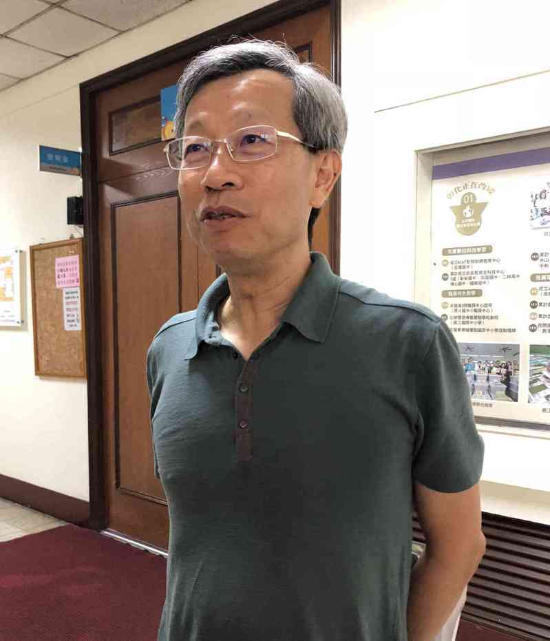 彰化縣衛生局長葉彥伯。記者林敬家/攝影