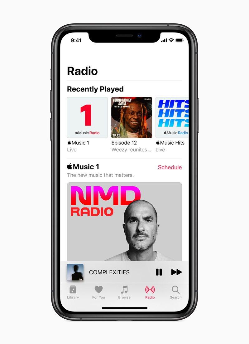 Apple Music宣布於Apple Music Radio推出2個新電台:Apple Music Hits 與 Apple Music Country,並將Beats 1更名為Apple Music 1,播送來自世界頂尖音樂主持人與藝人的獨家原創節目。圖/蘋果提供