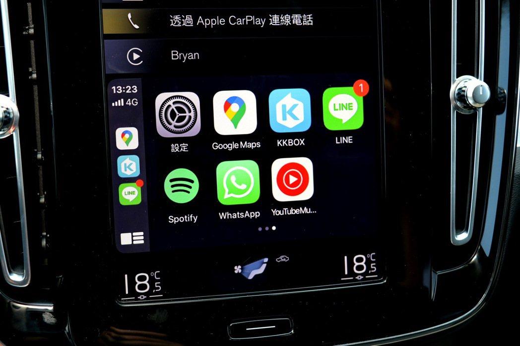 如果有未讀訊息,CarPlay介面會顯示未讀訊息的量。 記者陳威任/攝影