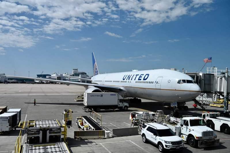 美國商會人士表示,已有近兩百人報名搭舊金山至北京的包機。圖為聯合航空公司示意圖。 法新社