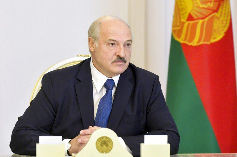 德國專家分析說,白俄總統魯卡申柯目前僅剩警察和軍隊還支持他。 美聯社