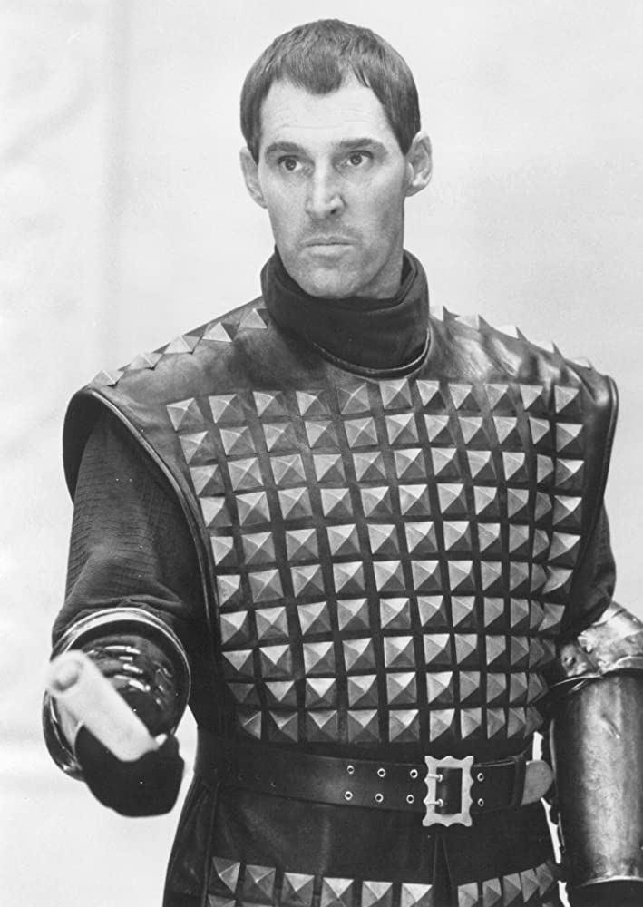 班克羅斯也曾參與「第一武士」演出。圖/摘自imdb