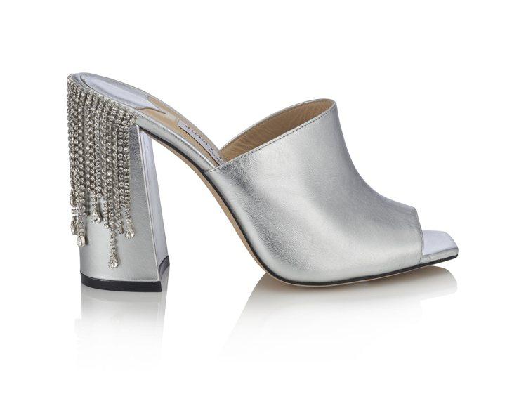 BAIA水晶綴飾穆勒跟鞋,45,800元。圖/Jimmy Choo提供