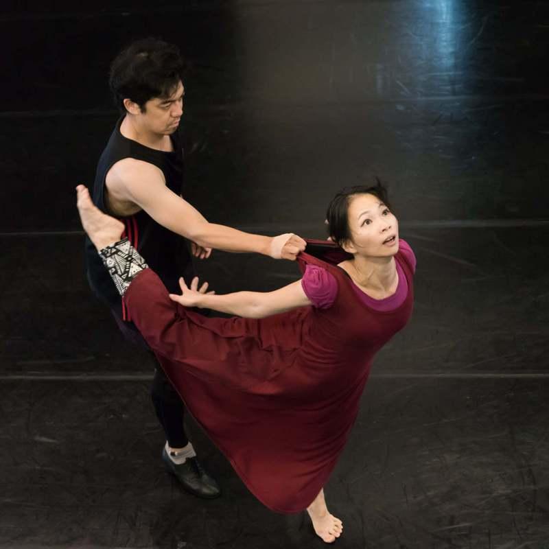 曾獲台新藝術獎的賴翠霜舞創劇場,重製推出「家.溫°C +」 。圖/陳長志攝影,取自賴翠霜舞創劇場官方臉書