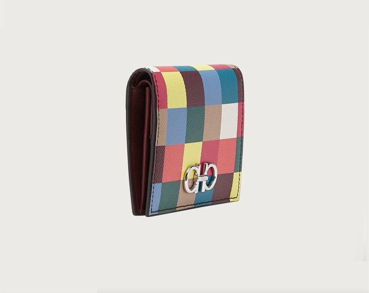 彩虹牛皮短夾,20,900元。圖/Salvatore Ferragamo提供