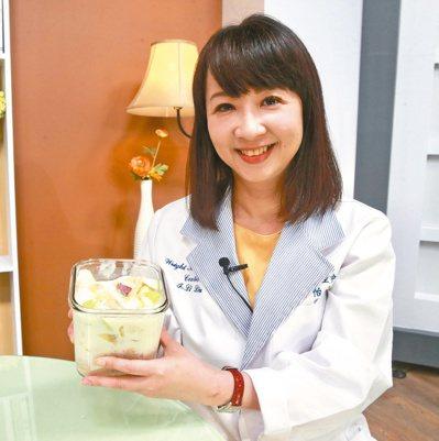 劉怡里公開私房減肥早餐食譜及作法。記者黃義書/攝影