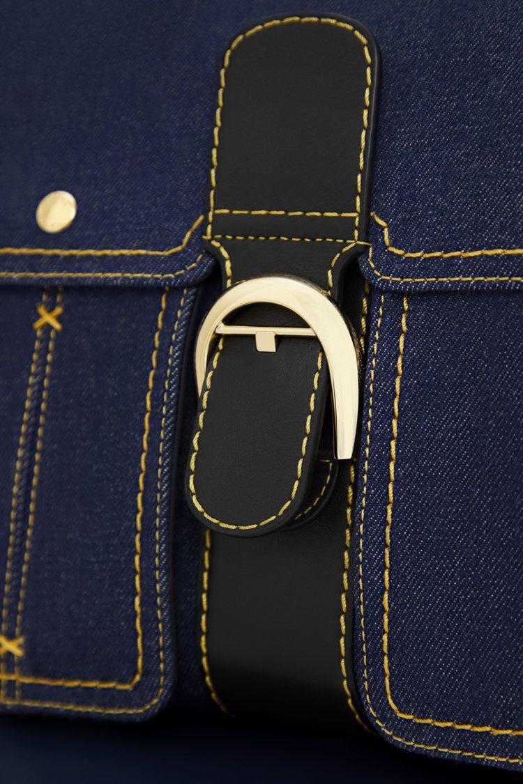 Brillant限量丹寧拼接牛皮滾邊中型肩背手提包以丹寧面料、皮革拼接製成。圖/...