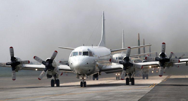 「迅擊」系列空投水雷可以各型飛機投放,包括P-3C反潛機。 圖/聯合報系資料照