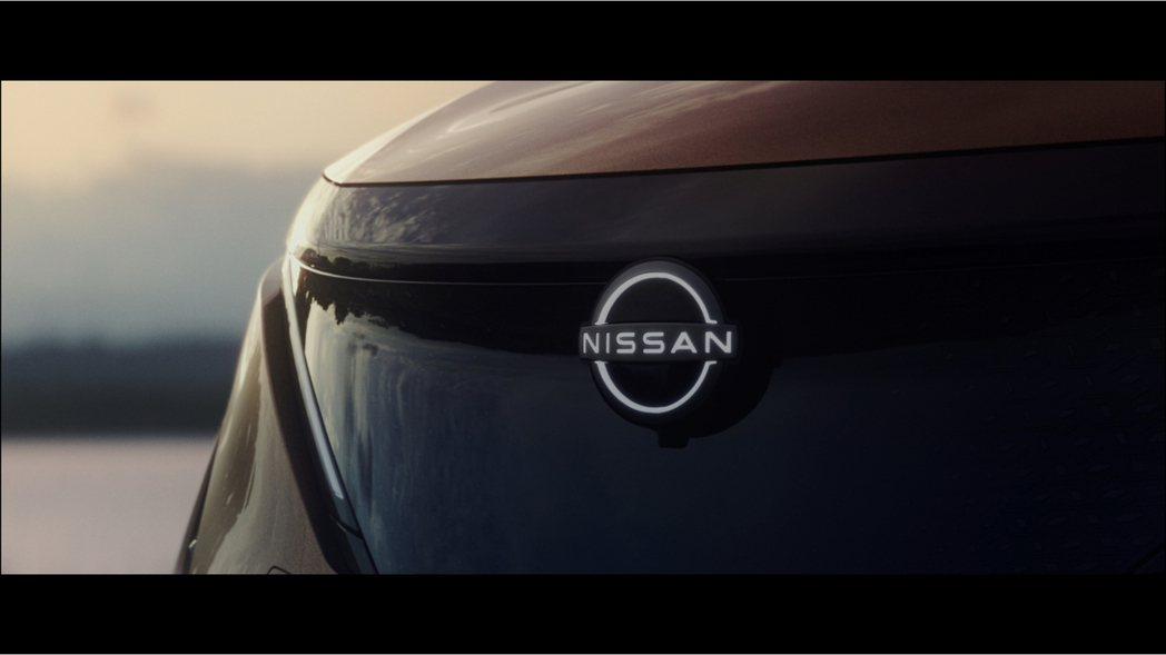 Nissan Ariya發表的同時,也一併展現品牌全新平面化廠徽。 摘自Niss...