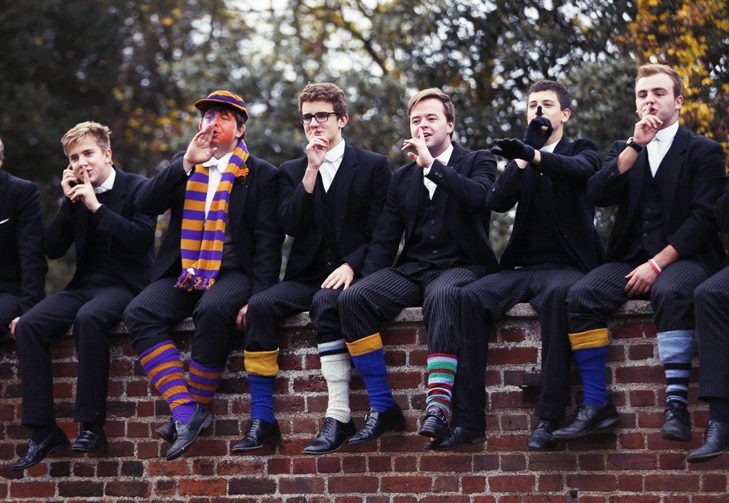 英格蘭私校學生最終拿到A或A*評級的高分總數,比起去年增加了4.7%;但公校學生...
